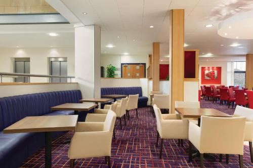Ramada London North photo 31