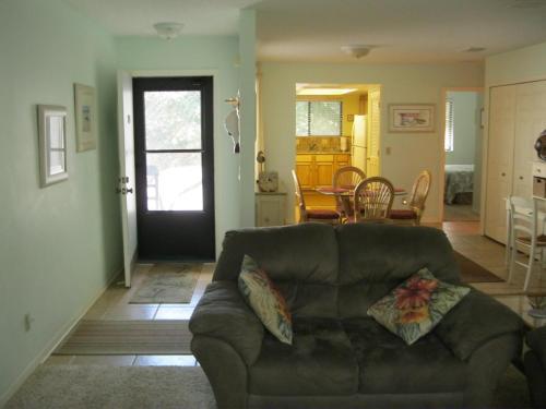 Apartment 203 Condos At New Smyrna Beach - New Smyrna Beach, FL 32169