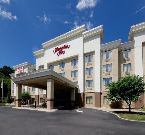 Hampton Inn Salem - Hotel