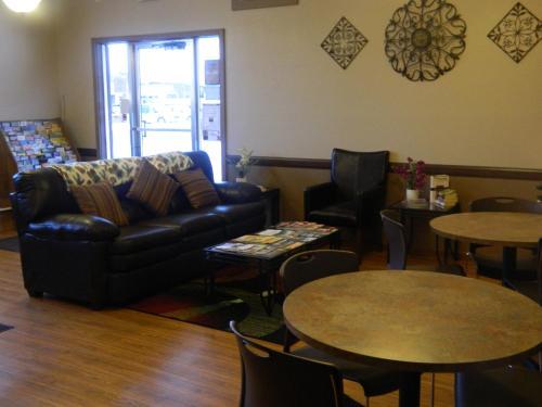 Country Motor Inn - Livingston, MT 59047