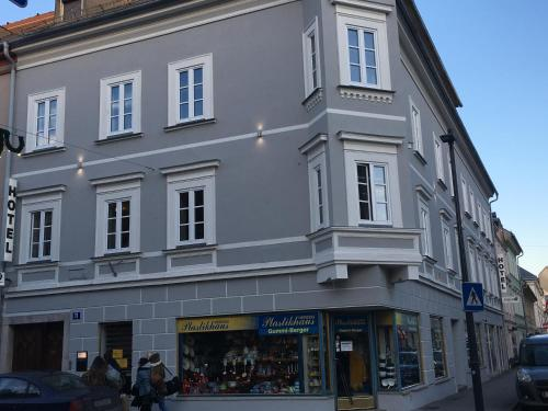 Lemon7 - SINOS, Pension in Klagenfurt bei Maria Saal