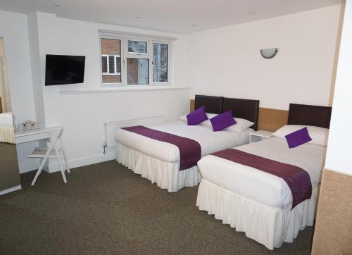 Accommodation London Bridge picture 1 of 45