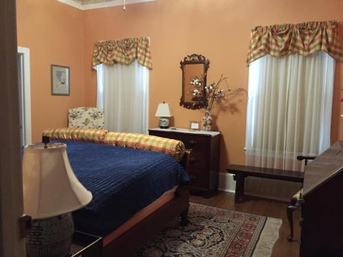 . Hanna House Bed & Breakfast