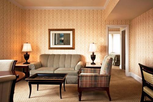 2100 Massachusetts Avenue NW, Washington D.C. 20008, United States.