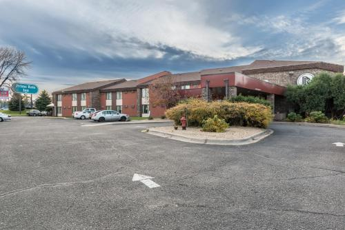 Prime Rate Inn - Burnsville, MN 55337