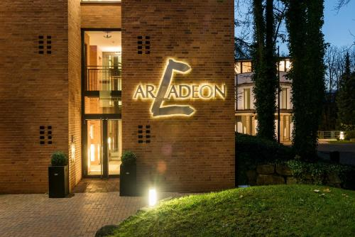 . Arcadeon