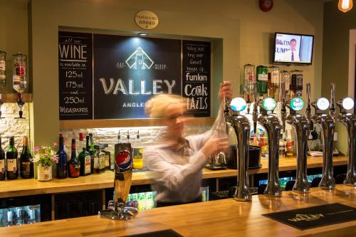 The Valley Hotel, Anglesey - Photo 4 of 81