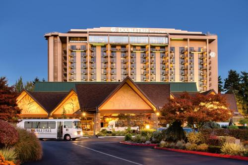 DoubleTree by Hilton Seattle Airport - Hotel - SeaTac