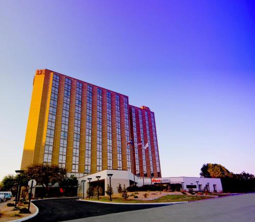 Hilton Arlington - Hotel - Arlington