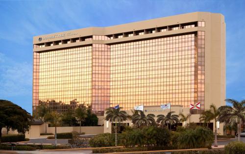 DoubleTree Hotel & Miami Airport Convention Center - Miami, FL 33126