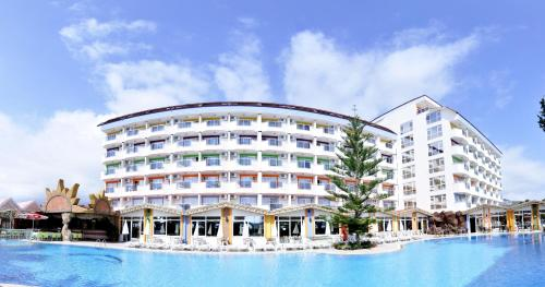 First Class Hotel   All Inclusive