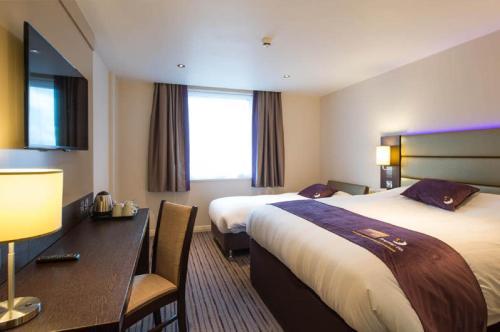 Фото отеля Premier Inn London Uxbridge