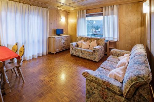 Villa Chiappuzza - Stayincortina - Apartment - San Vito di Cadore