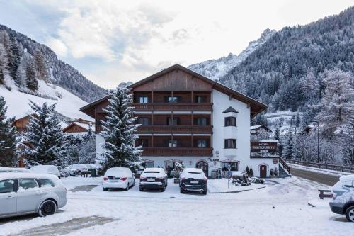 Hotel Casa Alpina - Alpin Haus Wolkenstein-Selva Gardena