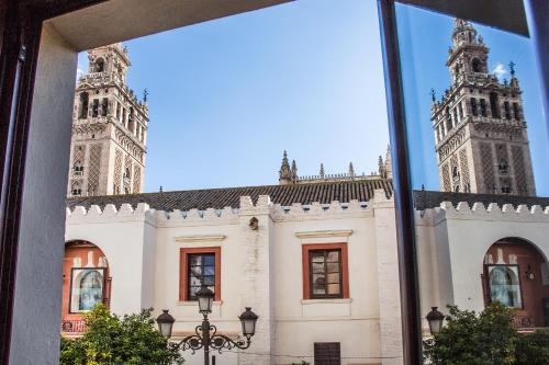 Apartamentos puerta catedral sevilla for Apartamentos para alquilar en sevilla centro