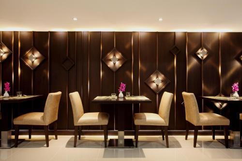Chiva Bangkok Hotel photo 22