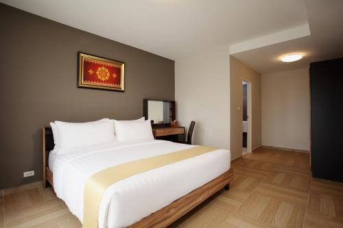 Chiva Bangkok Hotel photo 24