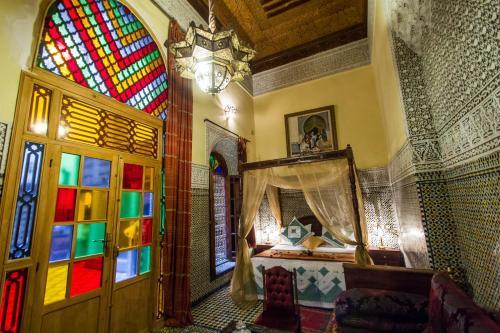Riad Ibn Khaldoun camera foto