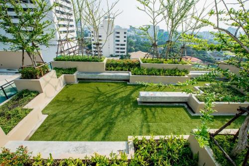 Ten Ekamai Suites by Aspira photo 5