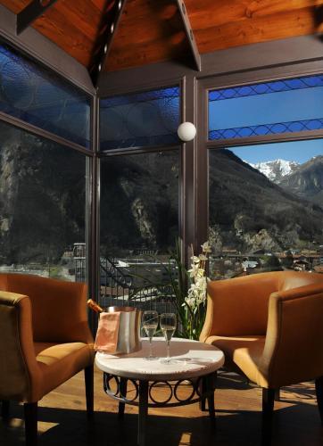 . Hotel Ad Gallias