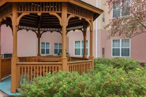 Homewood Suites By Hilton Erie - Erie, PA 16565