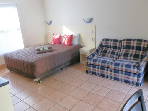 Фото отеля Narrabri Motel and Caravan Park