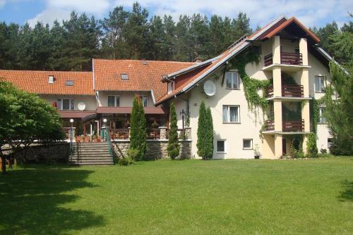 . Country Holiday Hotel