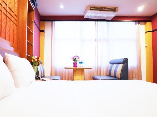 Bavana Hotel photo 31