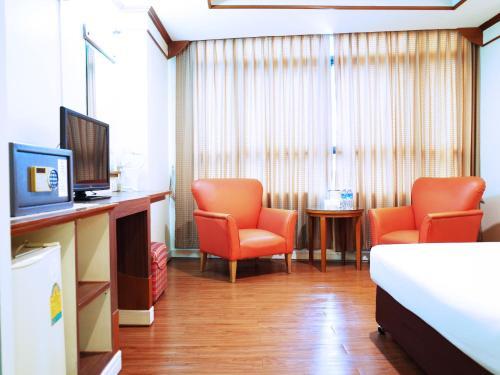 Bavana Hotel photo 36