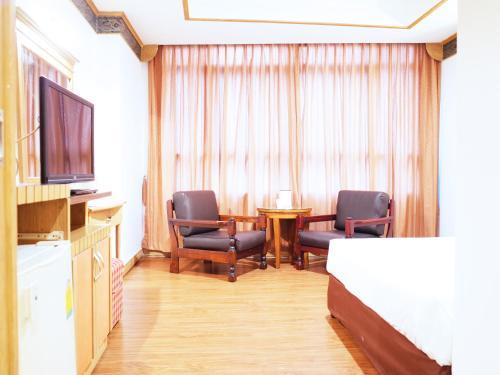 Bavana Hotel photo 38