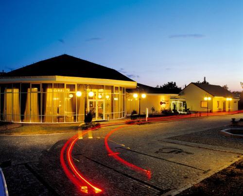 . Hotel Preemier