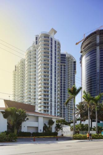 Ocean Front Luxury Suites Sunny Isles Beach