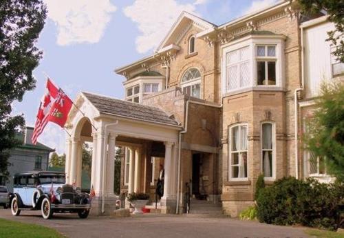 . Perth Manor Boutique Hotel
