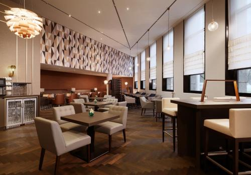 Sheraton Berlin Grand Hotel Esplanade photo 15