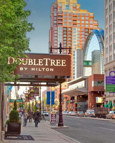 DoubleTree by Hilton - Philadelphia Center City - Philadelphia, PA 19107