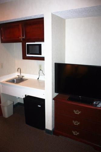 Lexington Suites Of Jonesboro - Jonesboro, AR 72401