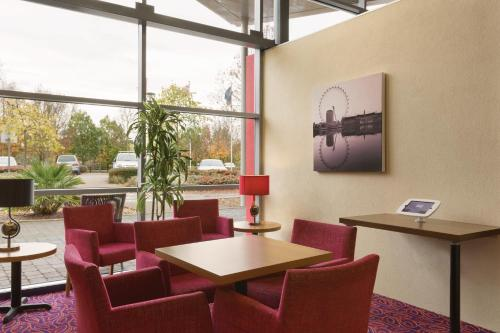 Ramada London North photo 33