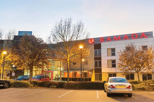 Ramada London North photo 35