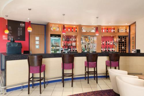 Ramada London North photo 44