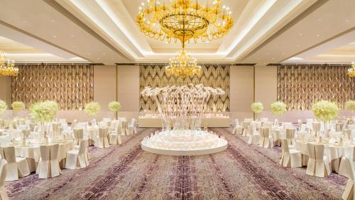 Siam Kempinski Hotel Bangkok photo 6