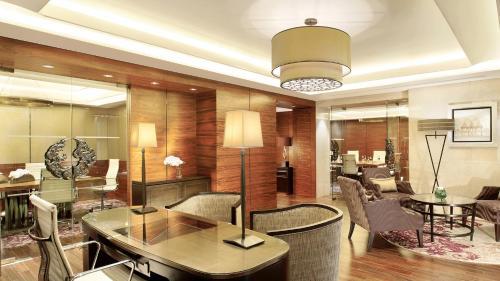 Siam Kempinski Hotel Bangkok photo 10