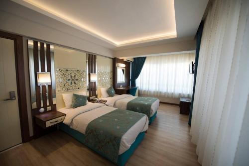 . Ozlu Hotel