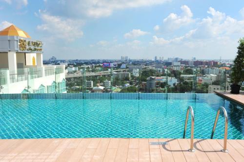 Al Meroz Hotel Bangkok - The Leading Halal Hotel photo 19