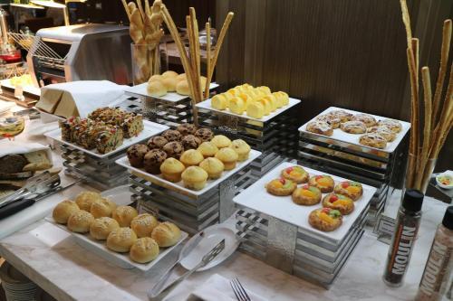 Al Meroz Hotel Bangkok - The Leading Halal Hotel photo 26