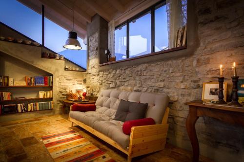 . Le Casette Apartments - byMyHomeinComo