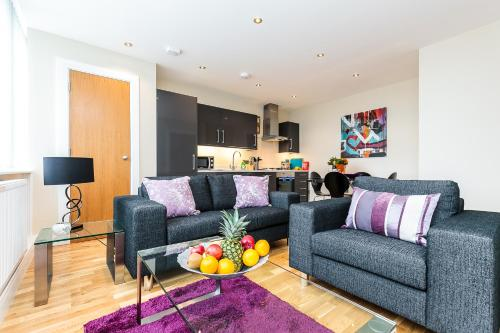 . Harrow-on-the-Hill Apartments By Flying Butler