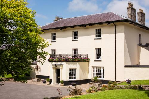 Portclew House (Bed and Breakfast)