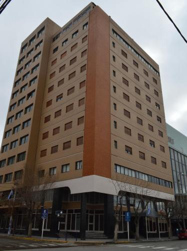 . Rayentray Hotel