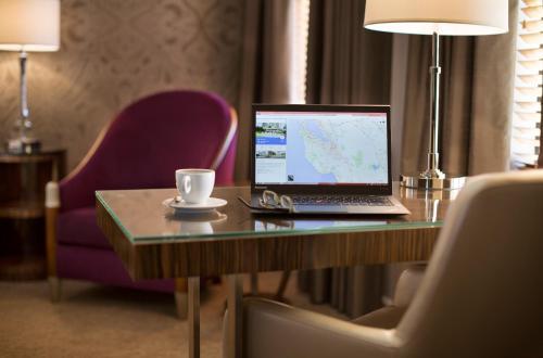 Hotel De Anza - San Jose, CA 95113
