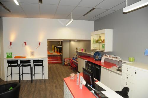 Ibis Styles Chambery Centre Gare - Hotel - Chambéry